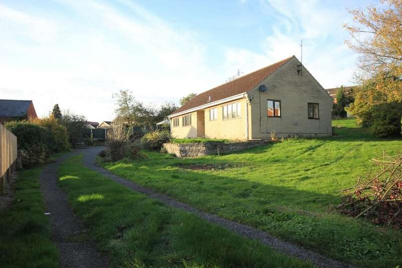 3 Bedrooms Detached Bungalow for sale in 8a, High Street, Whitwell