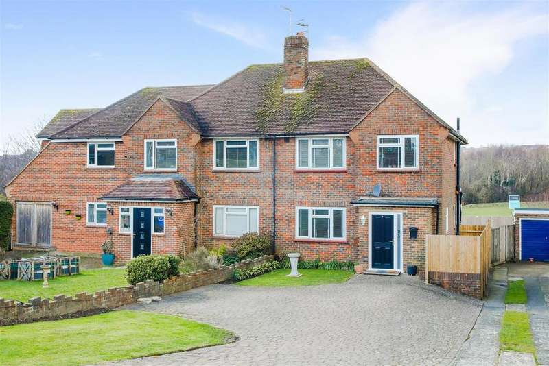 3 Bedrooms Semi Detached House for sale in Hangleton Way, Hove