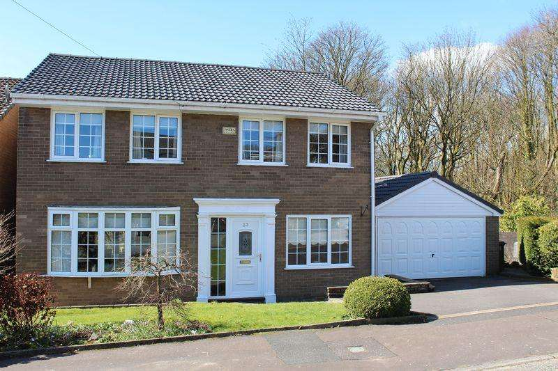 5 Bedrooms Detached House for sale in Durnford Close, Norden, Rochdale, OL12 7RX