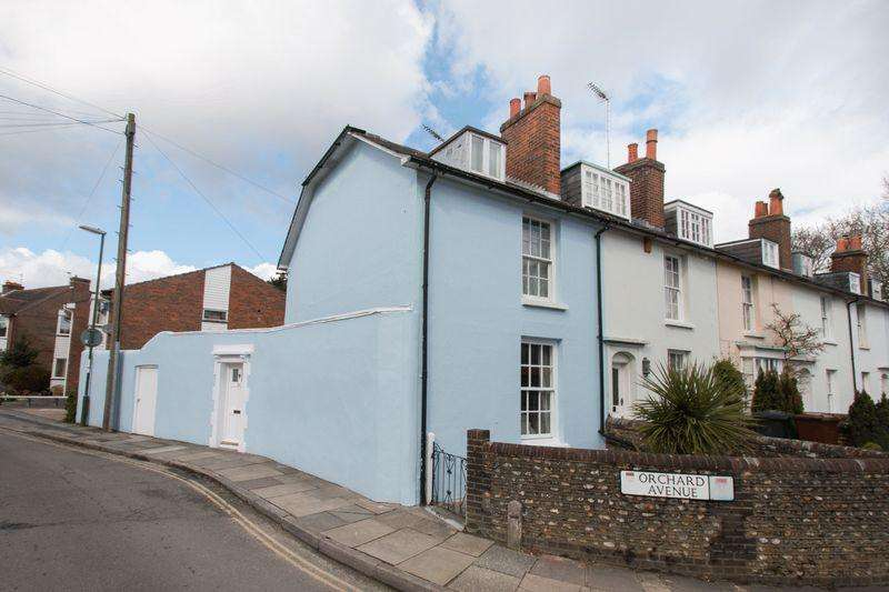 3 Bedrooms End Of Terrace House for sale in Orchard Street, Chichester