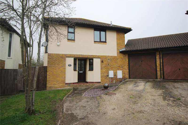 3 Bedrooms House for sale in Wheatfield Way, Langdon Hills, Essex, SS16
