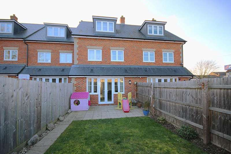 4 Bedrooms Terraced House for sale in High Street, Langford, SG18