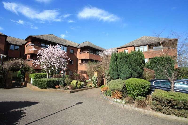 2 Bedrooms Apartment Flat for sale in Bentley Lodge, 182 High Road, Bushey Heath