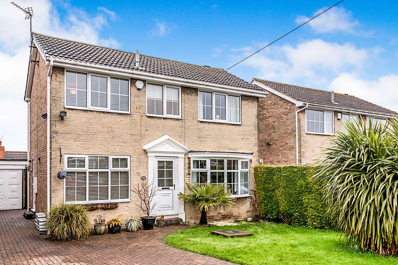 3 Bedrooms Detached House for rent in Swithens Drive, Rothwell, Leeds, LS26