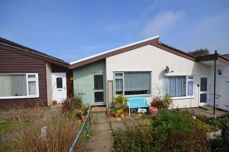 2 Bedrooms Property for sale in 34 Gover Close