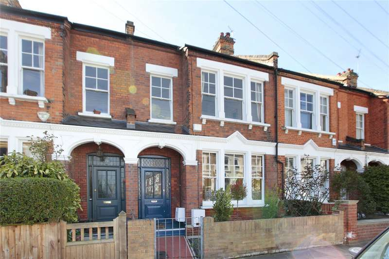3 Bedrooms Flat for sale in Ravenslea Road, Balham, London, SW12