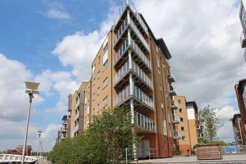 2 Bedrooms Apartment Flat for rent in Keel Point, Ship Wharf, Hythe CO2