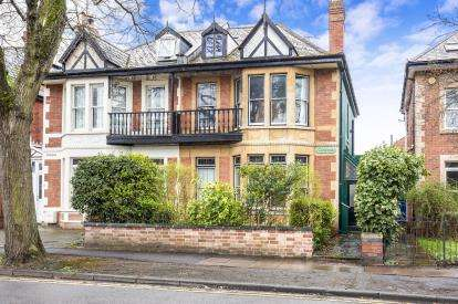 6 Bedrooms Semi Detached House for sale in Queens Road, Christchurch, Cheltenham, Gloucestershire