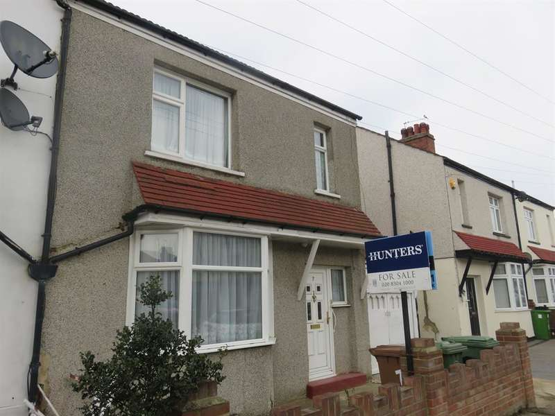 3 Bedrooms Semi Detached House for sale in Lynmere Road, Welling, Kent, DA16 1PB