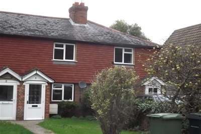 2 Bedrooms Terraced House for rent in Flimwell, East Sussex