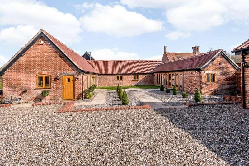 3 Bedrooms Unique Property for sale in Manor Farm Barns, Wramplingham Road, Wymondham, Norfolk, NR18