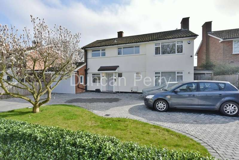 4 Bedrooms Detached House for sale in The Causeway, Potters Bar, Herts
