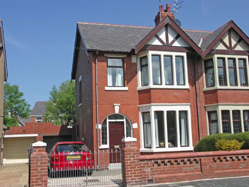 2 Bedrooms Semi Detached House for sale in Mayfair Road Blackpool
