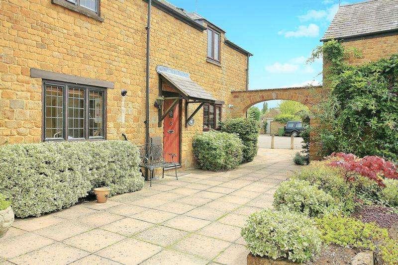 2 Bedrooms Cottage House for sale in Radley Cottage, Bradford Court, Bloxham
