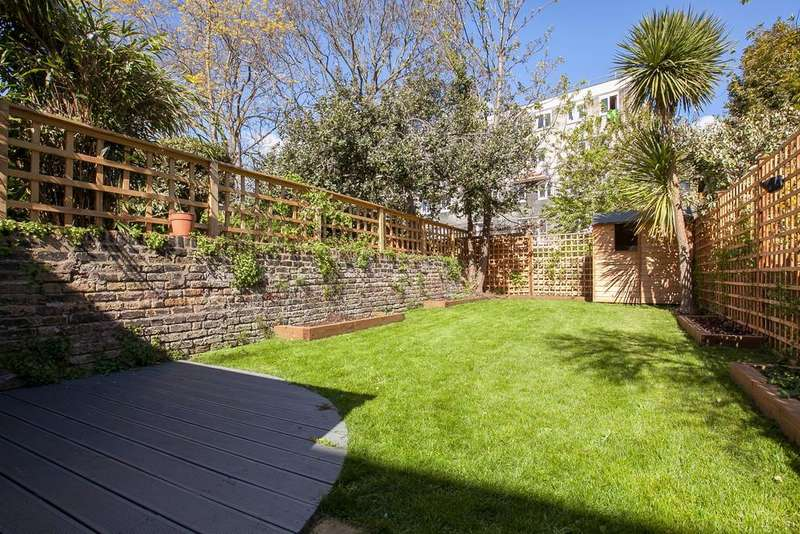 3 Bedrooms Terraced House for sale in Lidfield Road, London