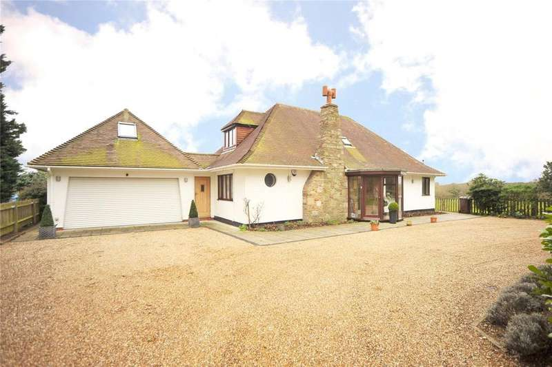 4 Bedrooms Detached Bungalow for sale in Blackmore Road, Fryerning, Ingatestone, Essex, CM4