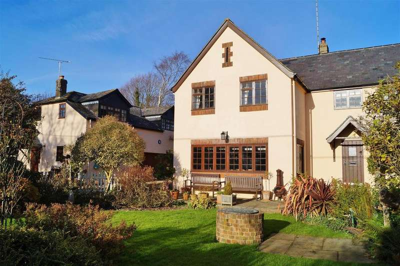 4 Bedrooms Detached House for sale in Warningcamp