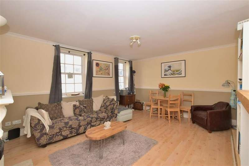 2 Bedrooms Apartment Flat for sale in West Street, Emsworth, Hampshire