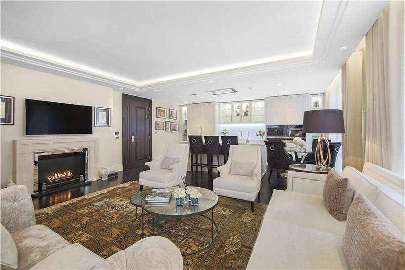 3 Bedrooms Flat for sale in Strand, London, WC2R