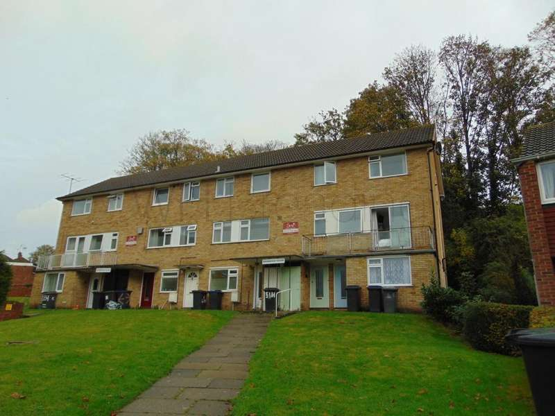4 Bedrooms Maisonette Flat for sale in St. Martins Place, Canterbury, CT1