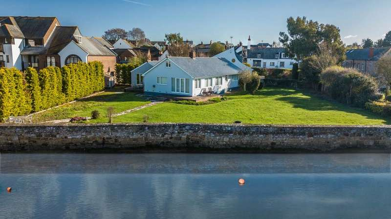 4 Bedrooms Detached House for sale in Ferry Road, Topsham