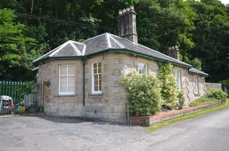 3 Bedrooms Detached Bungalow for rent in Bairnsburn Cottage, Keir Estate, Bridge of Allan, Stirling, FK9 4ND