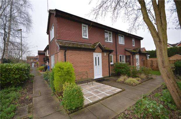 1 Bedroom Terraced House for sale in Church View, Yateley, Hampshire
