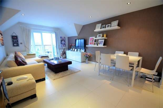 2 Bedrooms Flat for sale in Lanta House, 183 Holders Hill Road, Mill Hill