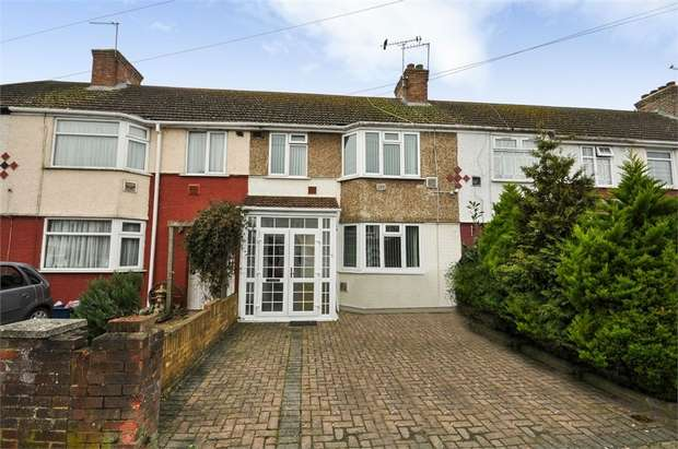 3 Bedrooms Terraced House for sale in Waye Avenue, Hounslow, Greater London