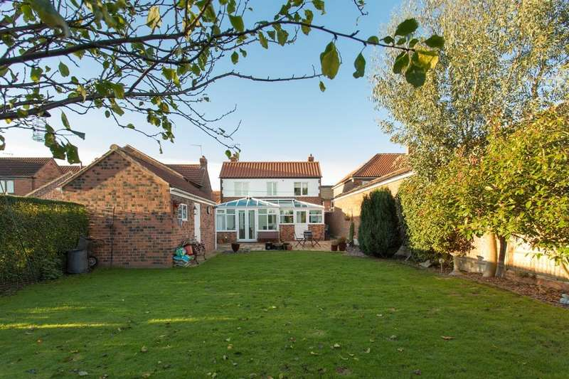 4 Bedrooms Detached House for sale in Huntington Road, Huntington, York, YO32