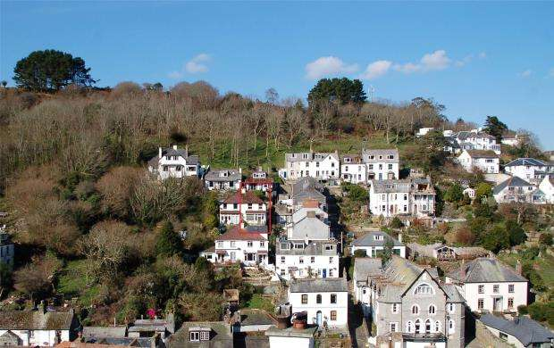 3 Bedrooms Semi Detached House for sale in Chapel Ground, Looe, Cornwall