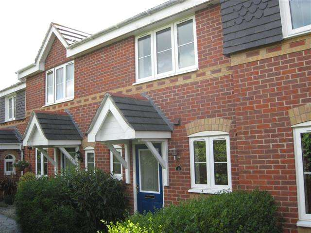 2 Bedrooms House for rent in Beggarwood, Basingstoke