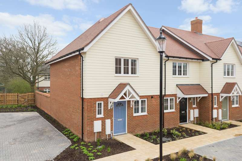 2 Bedrooms House for sale in The Weavers, Grigg Lane, Headcorn, TN27