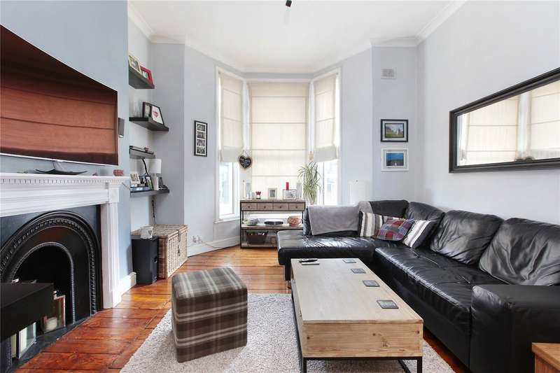 2 Bedrooms Flat for sale in Lavender Hill, London, SW11