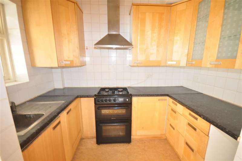 5 Bedrooms Semi Detached House for sale in Lakehall Gardens, Thornton Heath, Surrey
