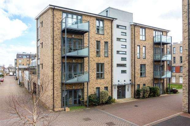 2 Bedrooms Apartment Flat for sale in Scholars Walk, Cambridge