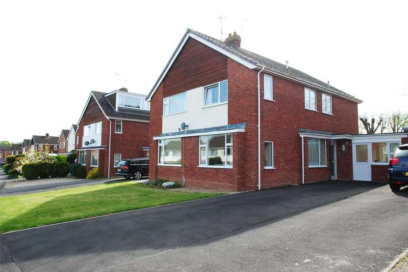 3 Bedrooms Semi Detached House for sale in Claremont Drive, Taunton