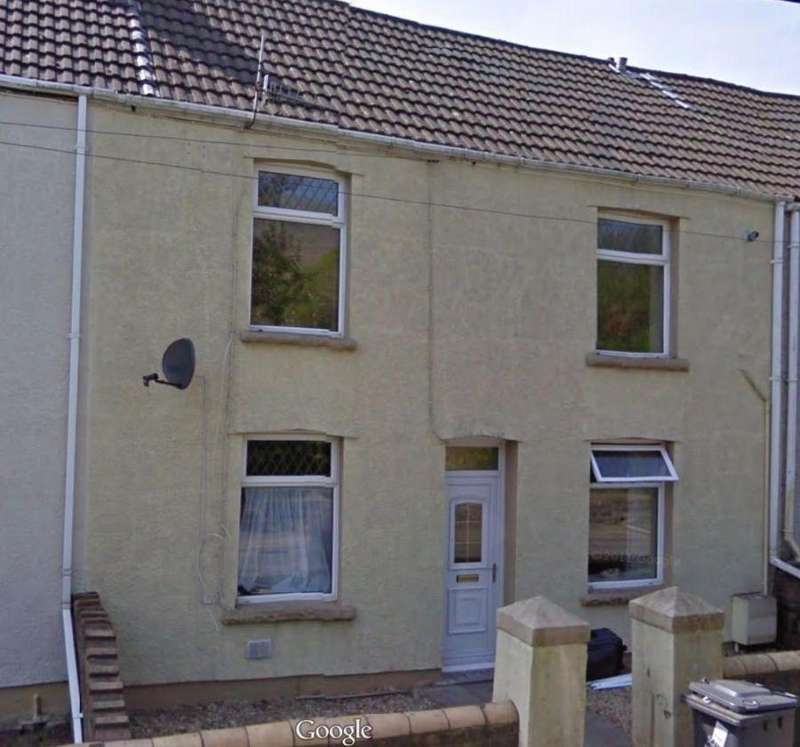 4 Bedrooms Terraced House for rent in Llandovery Villas, Abertillery Road, NP13 3EB