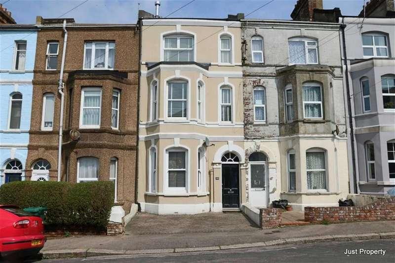 4 Bedrooms Terraced House for sale in Horntye Road, St Leonards On Sea