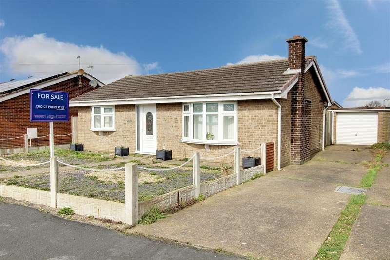 2 Bedrooms Detached Bungalow for sale in The Hollies, Champion Way, Mablethorpe