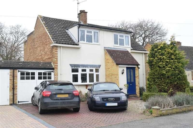 4 Bedrooms Detached House for sale in Falmouth Road, Chelmsford