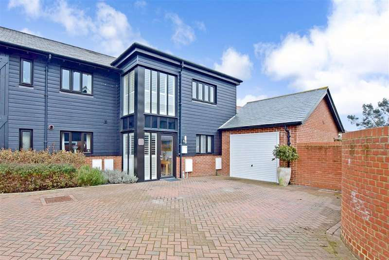 3 Bedrooms End Of Terrace House for sale in Kingfisher Place, , Chartham, Canterbury, Kent