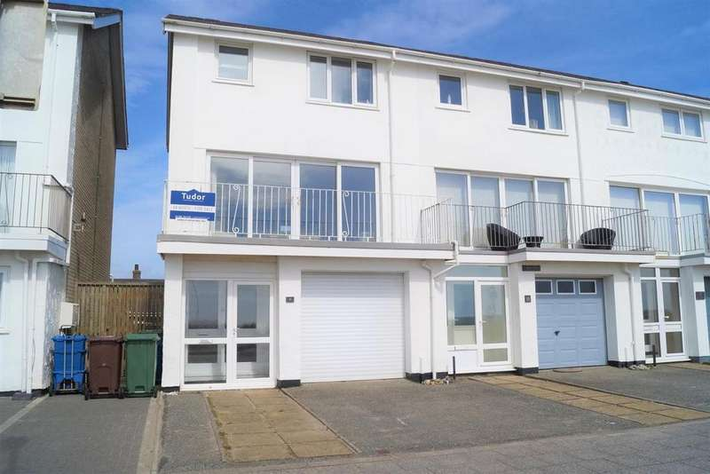 3 Bedrooms End Of Terrace House for sale in Victoria Parade, Pwllheli