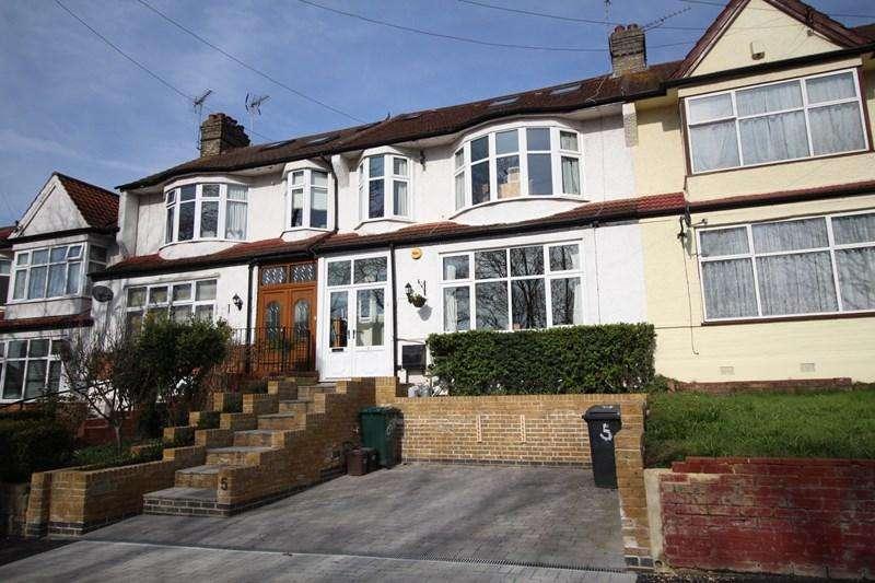 4 Bedrooms Terraced House for sale in Brookside, East Barnet, East Barnet
