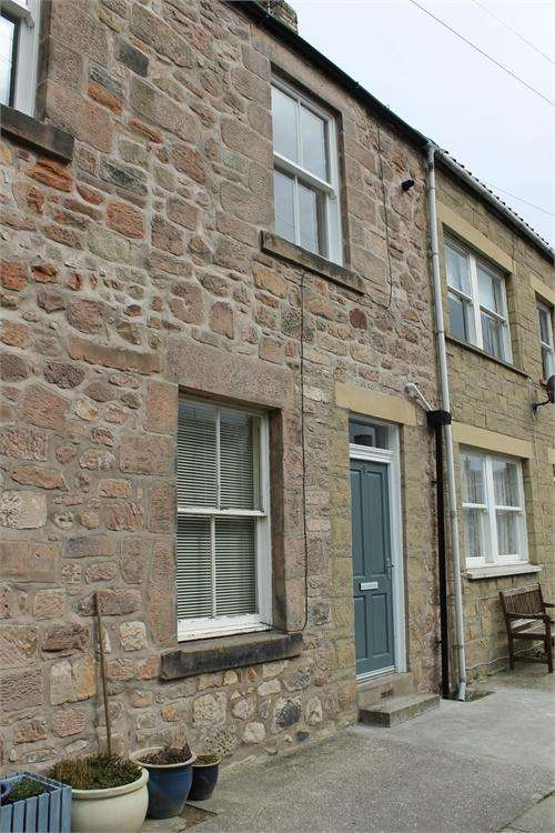 2 Bedrooms Flat for sale in Church Street, BERWICK-UPON-TWEED, Northumberland