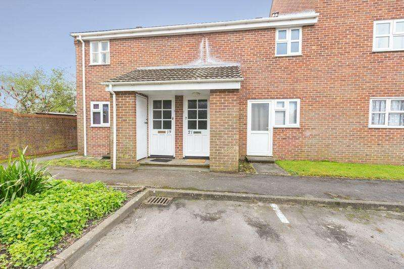 1 Bedroom Apartment Flat for sale in Caernarvon Road, Chichester