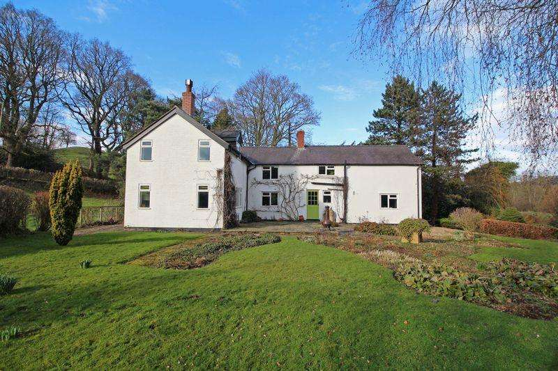 4 Bedrooms Detached House for sale in Pontyblew, Chirk