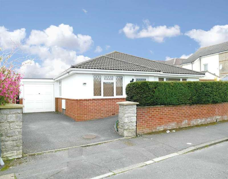 3 Bedrooms Bungalow for sale in WELL PRESENTED THROUGHOUT - MODERN BUILD DETACHED BUNGALOW -