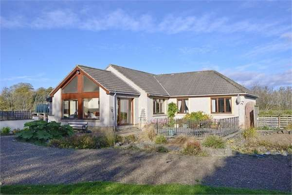 3 Bedrooms Detached Bungalow for sale in Duns, Duns, Scottish Borders