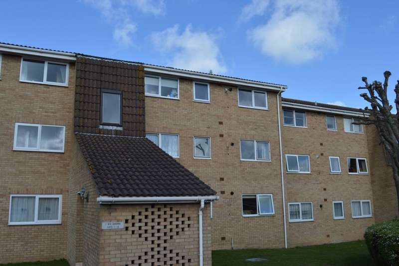 2 Bedrooms Flat for sale in Wye Gardens, Cliftonville, Margate, CT9